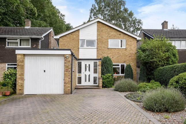 Thumbnail Detached house for sale in Drakes Drive, Northwood