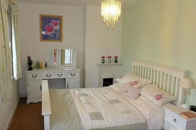 Thumbnail Cottage to rent in Welsh Road, Sealand, Deeside