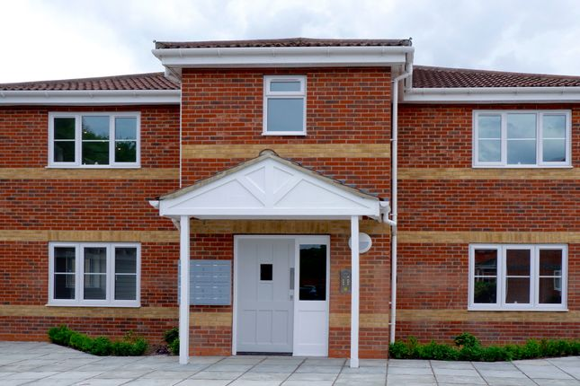 Flat for sale in Flat 3 Greyfriars Lodge, 2 Byland Close, Morden
