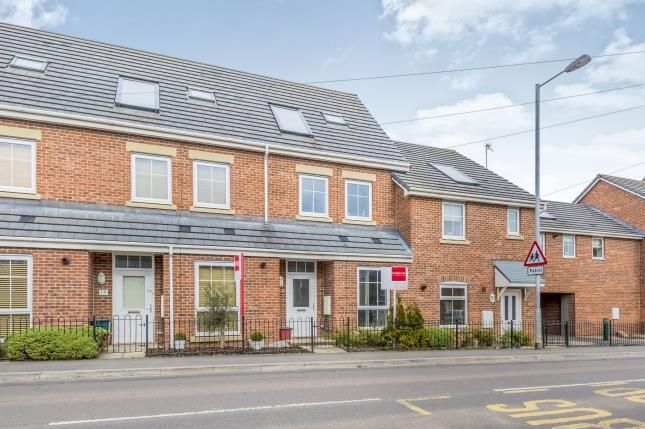 Thumbnail Town house for sale in Scot Hay Road, Silverdale, Newcastle Under Lyme, Staffs