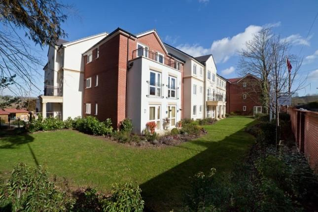 Thumbnail Property for sale in Langford Road, Honiton, Devon