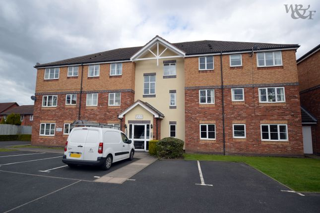 Thumbnail Flat to rent in Tudor Close, Sutton Coldfield
