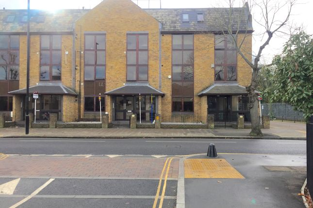 1 bed flat to rent in St. Johns Road, Isleworth