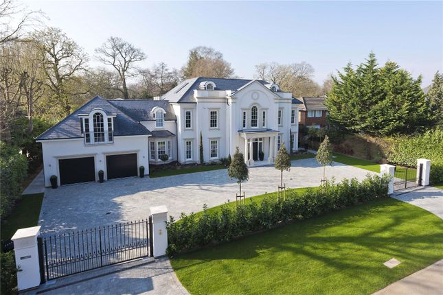 Thumbnail Detached house to rent in Cranley Road, Hersham, Walton-On-Thames, Surrey