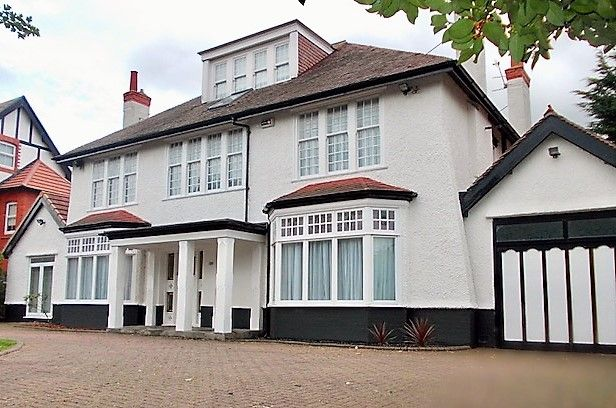 Thumbnail Detached house to rent in Birkenhead Road, Meols, Wirral
