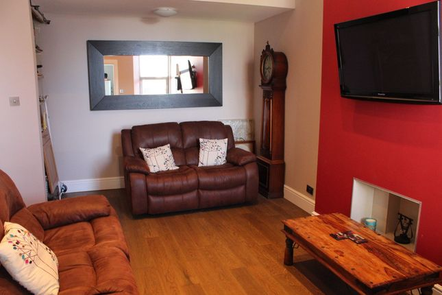 3 bed flat to rent in Fort Street, Ayr, Ayr