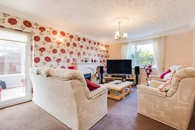 Thumbnail Detached house for sale in Hollybush Street, Parkgate, Rotherham