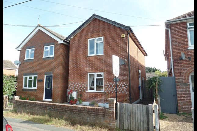 2 bedroom detached house for sale in Hammonds Green, Southampton