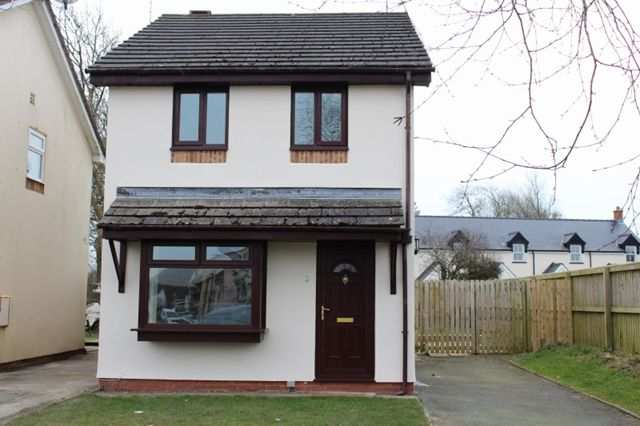 Detached house to rent in 3 Bed Detached House, Perrotts Road, Sageston, Tenby