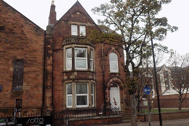 Thumbnail Flat to rent in Flat 2, 35 Warwick Rd, Carlisle
