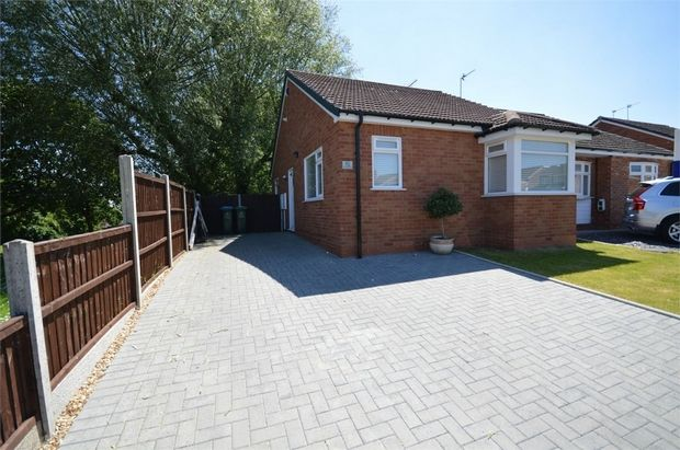 Thumbnail Detached bungalow for sale in Peveril Drive, Styvechale Grange, Coventry, West Midlands
