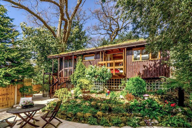 Thumbnail Bungalow to rent in Elstree Hill, Bromley