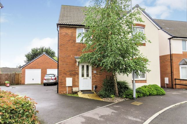 Detached house for sale in Sovereign Place, Hatfield