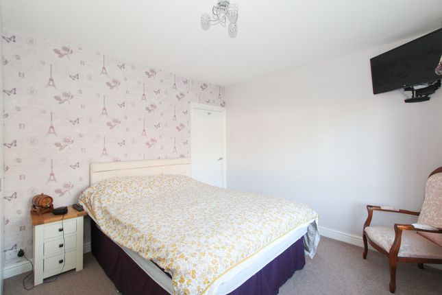 Bedroom 1 of Yew Tree Drive, Somersall, Chesterfield S40