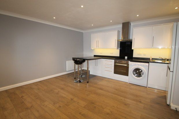 Thumbnail Flat to rent in 9 Gladstone Road, Orpington
