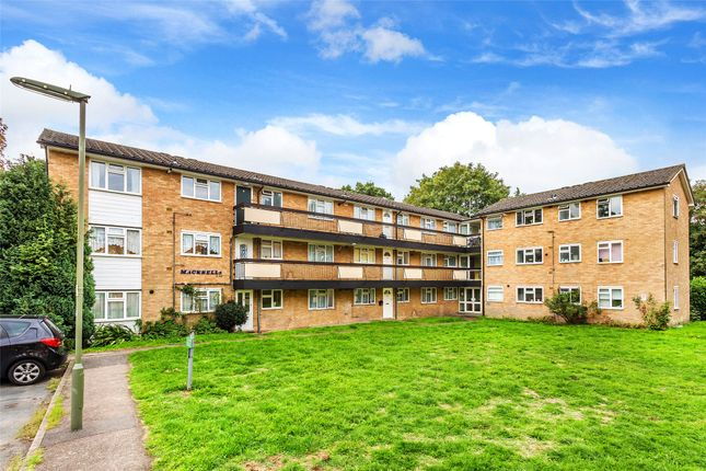 Homes For Sale In Pendleton Road Redhill Rh1 Buy Property In