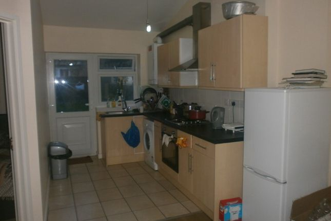 Thumbnail Flat to rent in Flora Gardens, Chadwell Heath