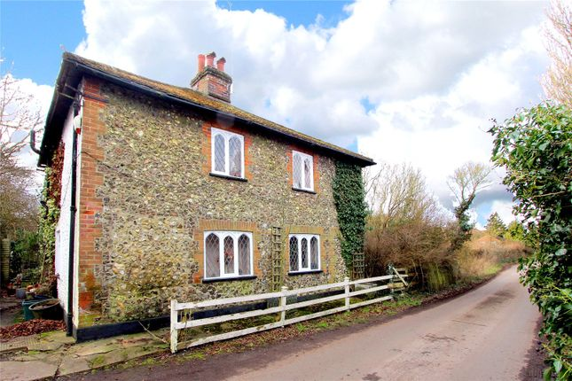 Thumbnail Detached house for sale in Barnes Lane, Kings Langley