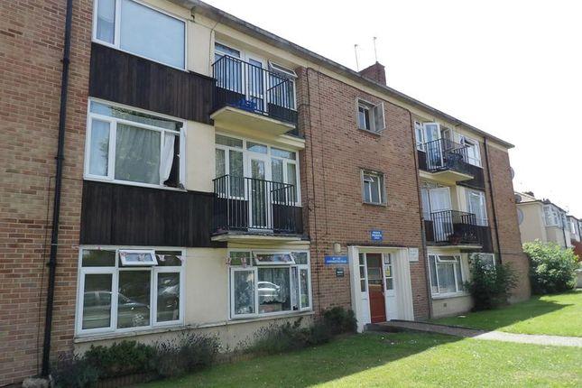 Thumbnail Flat for sale in Winnington Road, Enfield