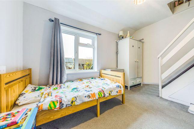 Bedroom of Evergreen Drive, Calcot, Reading, Berkshire RG31