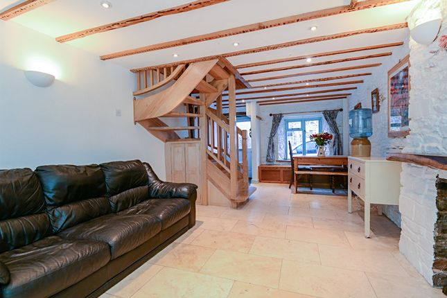 Thumbnail Terraced house for sale in Warland, Totnes