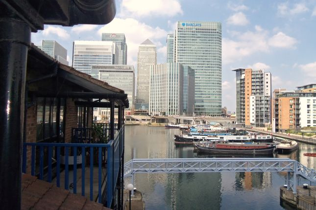 Thumbnail Flat for sale in Lancaster Drive, London E14, Isle Of Dogs,