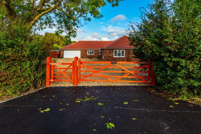Thumbnail Detached bungalow for sale in Main Road, Keal Cotes, Spilsby
