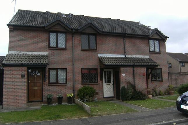 Thumbnail Terraced house to rent in Cucklington Gardens, Muscliffe, Bournemouth