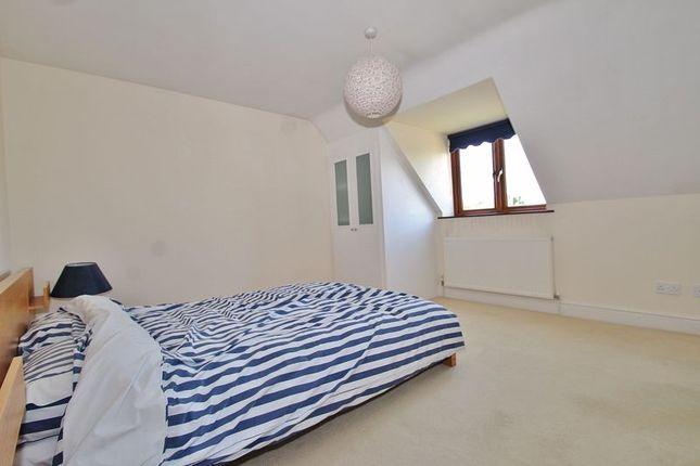 Bedroom 3 of Corndell Gardens, Witney OX28