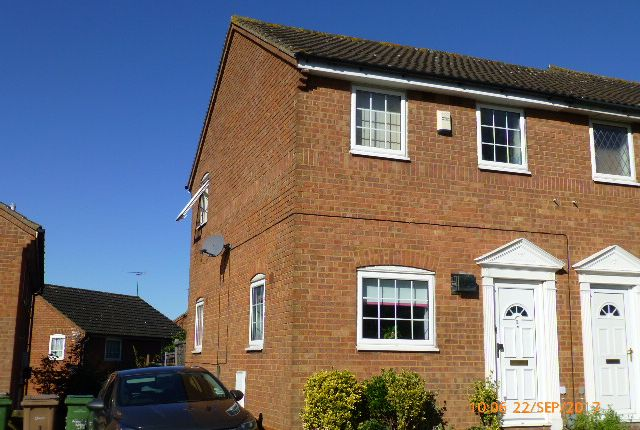 2 bed semi-detached house to rent in Twyford Drive, Wigmore, Luton