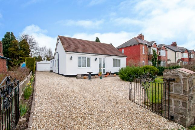 Thumbnail Detached bungalow for sale in Sibthorpe Hill, Tuxford, Newark