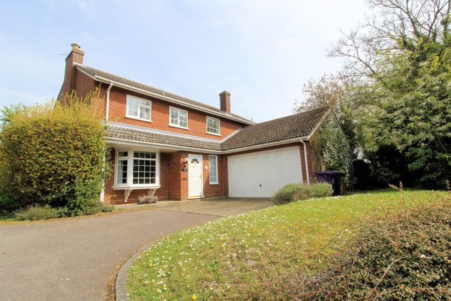 Thumbnail Detached house for sale in Franklin Close, Pirton
