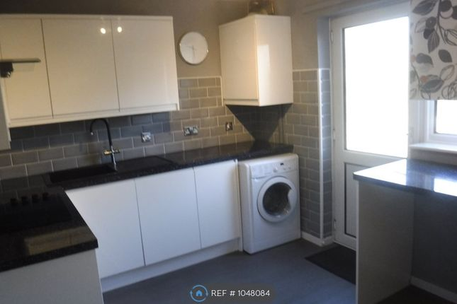 2 bed semi-detached house to rent in Freshwater Road, Chatham ME5
