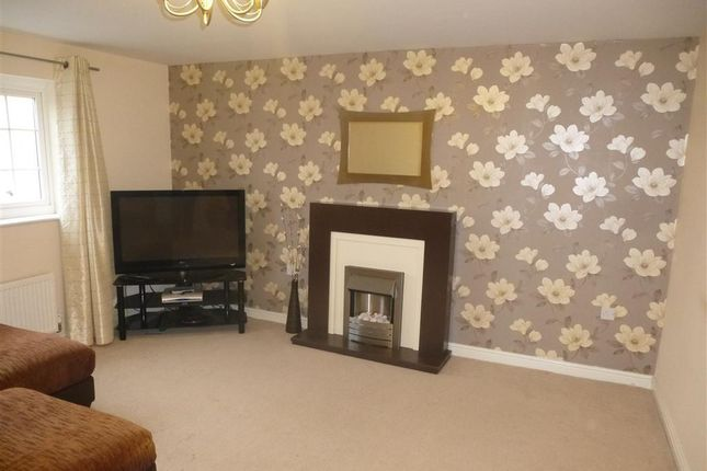 Thumbnail Flat to rent in Curbar Close, Mansfield