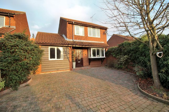 3 bed detached house for sale in Henniker Gate, Chelmsford, Essex CM2