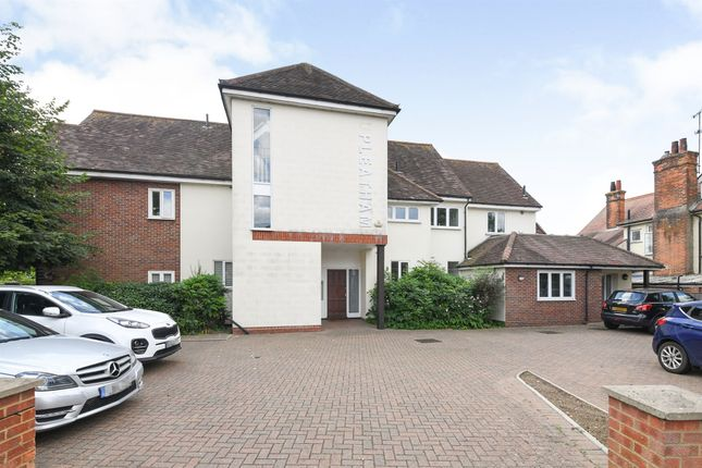 Thumbnail Flat for sale in Roxwell Road, Chelmsford