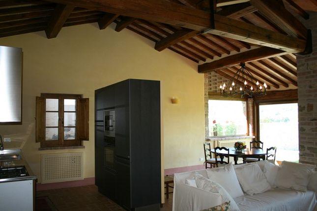 Kitchen of Casale Piantoni, Antognolla, Umbertide, Umbria