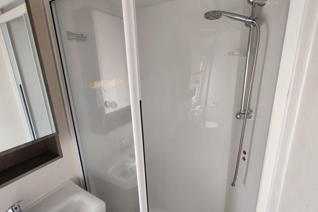 Shower Room of Greenfields Holiday Park, Nr. Llangranog SA44