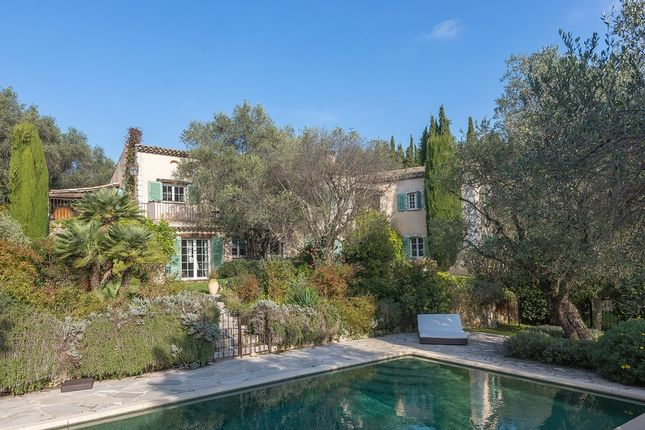 Villa for sale in Opio, French Riviera, France