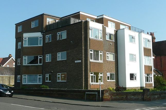Thumbnail Flat to rent in Leemark House, Granville Road, Littlehampton