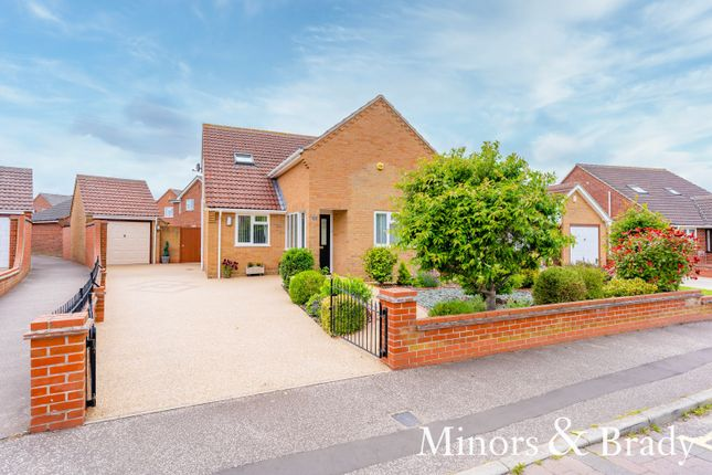 Thumbnail Detached house for sale in Foxborough Road, Lowestoft