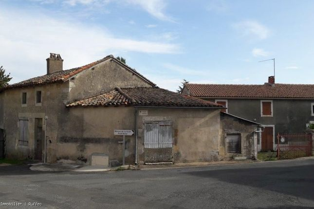 Thumbnail Property for sale in Montalembert, Poitou-Charentes, 79190, France