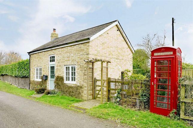 Thumbnail Cottage for sale in Papworth Saint Agnes, Cambridge