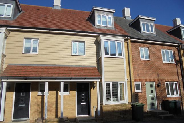 Town house for sale in Sir Henry Brackenbury, Ashford, Kent