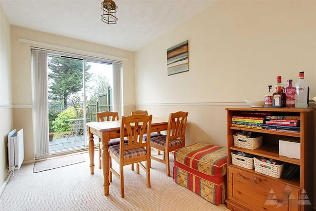 Dining of Loxley Drive, Mansfield NG18