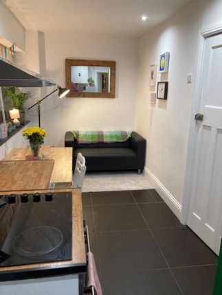 Thumbnail 1 bed flat to rent in Bedford Road, Clapham North
