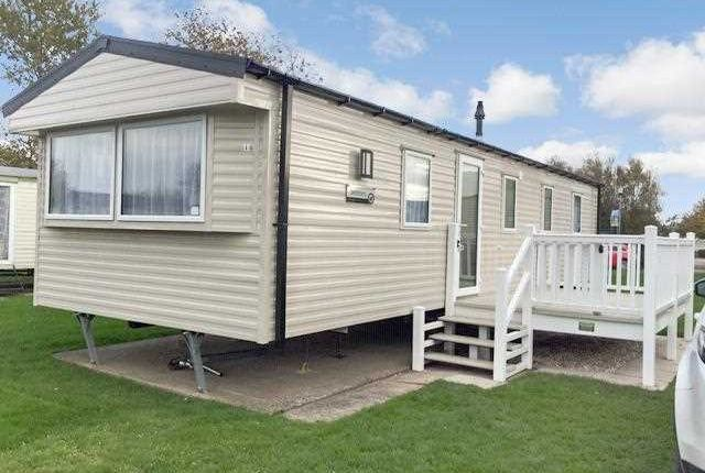 Main Picture of Thorpeparkholidaycentre, Cleethorpes DN35