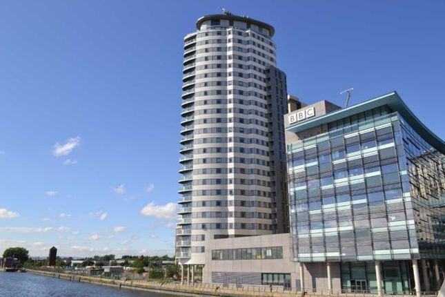 Thumbnail Flat to rent in The Heart, Media City UK, Salford