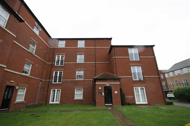 Thumbnail Flat to rent in Lambwath Hall Court, Hull