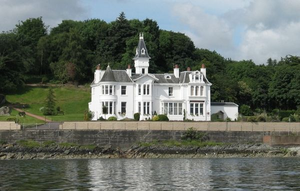 Thumbnail Hotel/guest house for sale in Hunters Quay, Dunoon, Argyll